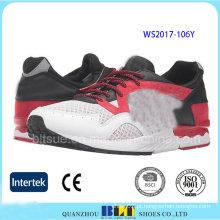 Sapatos de desporto de moda feminina com parte superior em malha