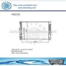 Radiador de alumínio para VOLKSWAGEN A4 / PASSAT 97-04 8D0121251P