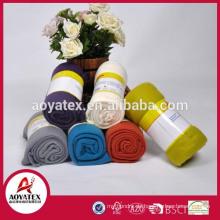Heimtextilien 100% Polyester in voller Größe Großhandel benutzerdefinierte geprägt Fleece-Decke