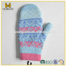 Cute jacquard pattern baby winter promotion knitted mittens
