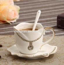 2014 china alibaba ceramic jewelry mug with spoon wholesale