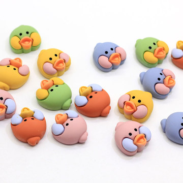 Luzem 100 sztuk Animal Bird Duck Chick Head Cabochons Flatback Żywica Animal Head Craft Slime Charms DIY Akcesoria do włosów