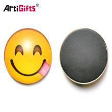 Aimant de réfrigérateur faisant la porcelaine gros nouveaux produits emoji aimant de réfrigérateur