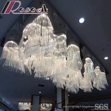 Lampe à Suspension Fleurs en Verre Blanche et Moderne avec Hôtel
