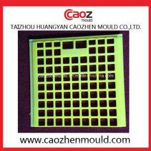 Moule à couvercle de caisse en poudre injectée en plastique à Huangyan