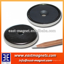 ROSH/ ISO certificated good quality ferrit pot magnet with bore