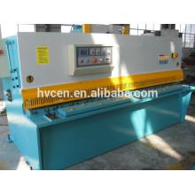 Cnc máquina de corte de hoja de plástico / máquina de corte de chapa QC12K-16x2500