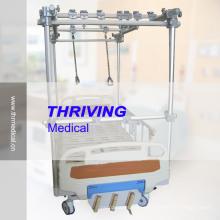 Cama de tracción ortopédica manual de 3-Crank Hospital (THR-TB321)