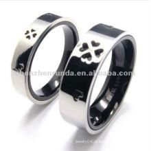 316 anéis baratos do casal do aço inoxidável com o trevo da licença quatro