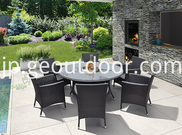 outdoor round wicker dining set