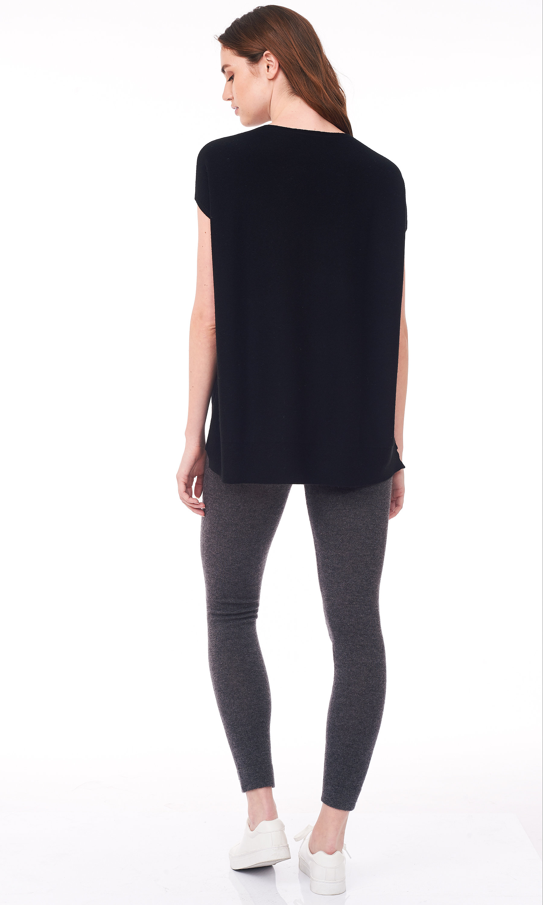 balck short dolman sleeve sweater back