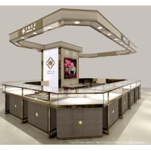 High End Innenraum Watch Shop Luxus Retail Store Uhren Vitrine