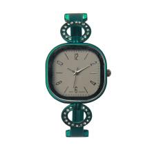 Новый дизайн женщин наручные золото браслет женское золото часы для леди