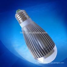 Eclairage ampoule LED 7W et E27