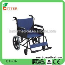 Chaise roulante durable en aluminium et légère