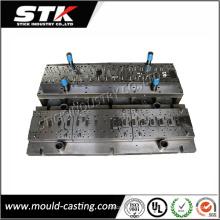 China Metal de injeção plástica que carimba o molde de perfuração para as peças automotivos