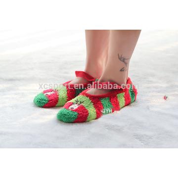 Оптовые продукты типа рождества сгущают и теплые носки кровати людей