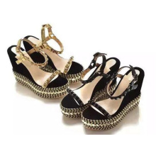 New Fashion Wedge High Heel Ladies Shoes with Rivet (HS17-83)