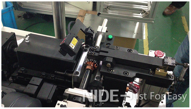 Semi-Auto-High-Quality-armature-dynamic-balancing-machine-for-motor-rotor-testing93