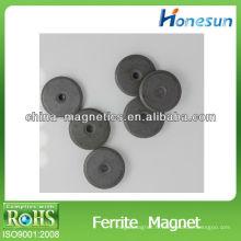 les aimants ferrite isotropes / aimants ferrite en deux morceaux