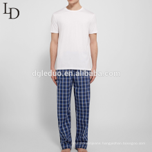 Loose comfortable breathable checked men pajamas
