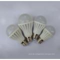 Niedrigster Preis Ppt Plastik 2835SMD 3W 5W 7W 9W 12W LED Glühlampe