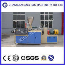 Tubo de PVC que hace la máquina