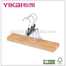 2015Cheap wooden trousers skirt hangers with white felt