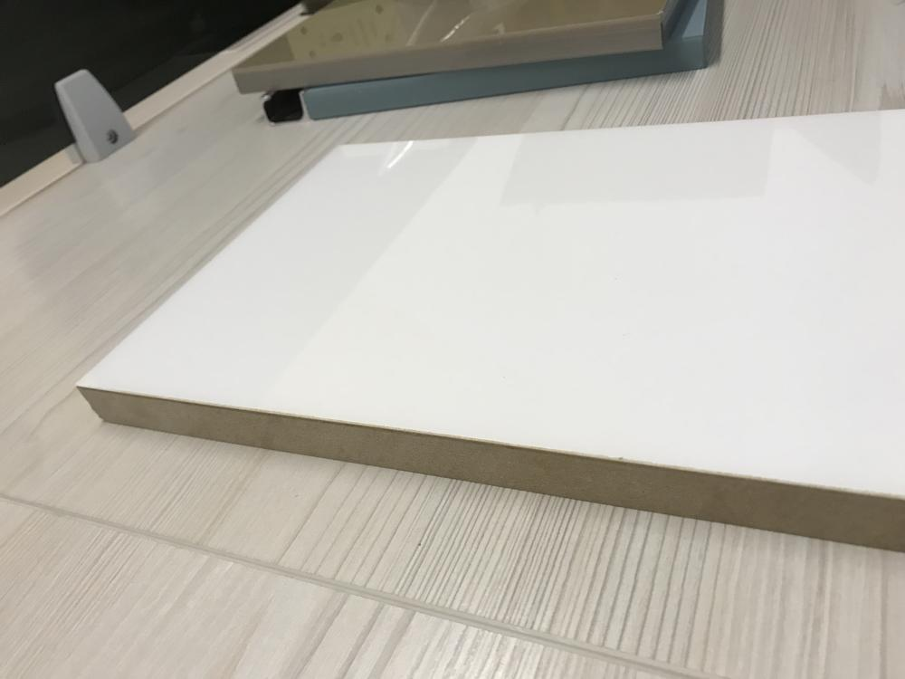 1220x2440mm Mositure Proof Acrylic nhiều lớp MDF Ban
