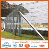 High Safety PVC Coated Hot dipped Galvanised Debris Netting Pit Wall Fence (Factory Exporter)