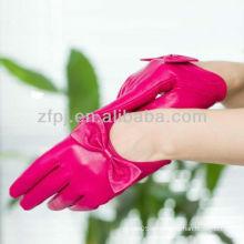 Luva de couro cor-de-rosa