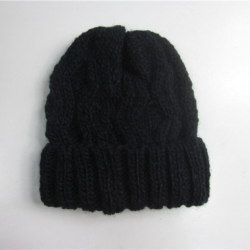 Black Cable Knit Winter Toque