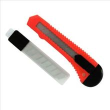Heavy Duty Utility Knife con cuchilla intercambiable