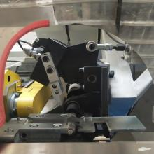 Équipement de traitement en verre de recourbement de barre d'espacement en aluminium automatique