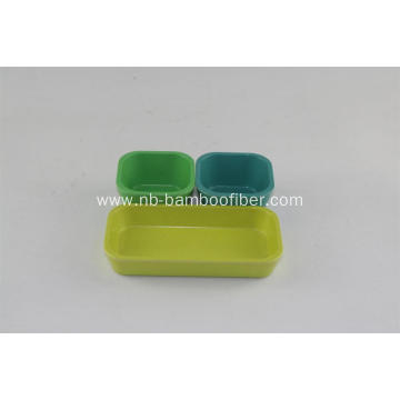 Quadrate saucers with tray
