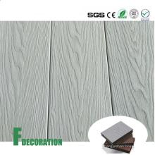 Piso de cubierta compuesto impermeable de la coextrusión WPC de los materiales de construcción blancos para decorativo