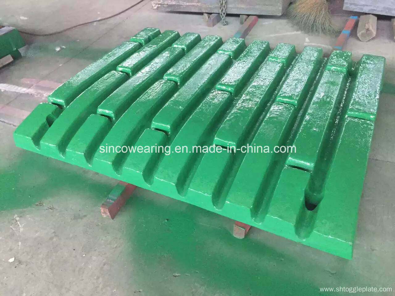 composite jaw crusher plate expert appraising Indonesia coal mine expert crusher parts,jaw plate,jaw crusher,impact crusher,cone crusher,bucket composite crushersource from zhengzhou yonghua.