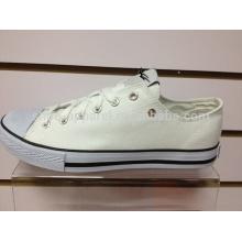 2014 sapatos de lona branca lisa