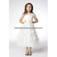 HF2170 Bonita ilusão de pescoço pura manga curta ouro faixa de cetim flores artesanais corpete A linha novos elegantes vestidos de menina de flor