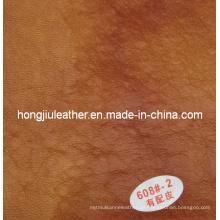 Nachgemachtes Kuh-Leder benutzt im Sofa und in den Möbeln