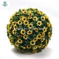 Boule de fleur suspendue artificielle différente de couleur pour le décor de jardin
