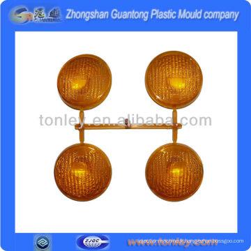 beaucoup de moule en plastique de forme différente lampe injection pièces manufacture(OEM)