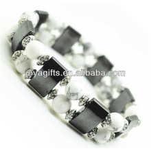 Bracelet spatial à l'hématite magnétique avec des perles rondes alliage et 8MM Howlite