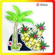 Fashion appliques with beads