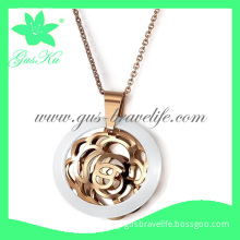 2013 Gus-Sp-004 Hot and Fashion Necklaces Jewelry in Stainless Steel with Ceramic Material in Rose Gold Color