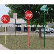 Poste de signalisation en poudre