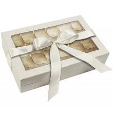 Красивая картонная коробка для шоколада с пластиковым подносом
