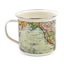 Taza de café al aire libre del esmalte del mapa del mundo con el diseño del OEM y el borde del ss para el regalo