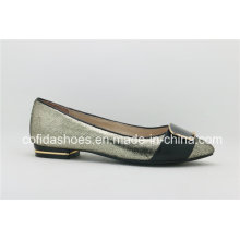 Chic Design Shiny Leather Lady Ballet Chaussures avec talon en métal