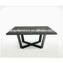 Table basse en soie couleur noire C1040